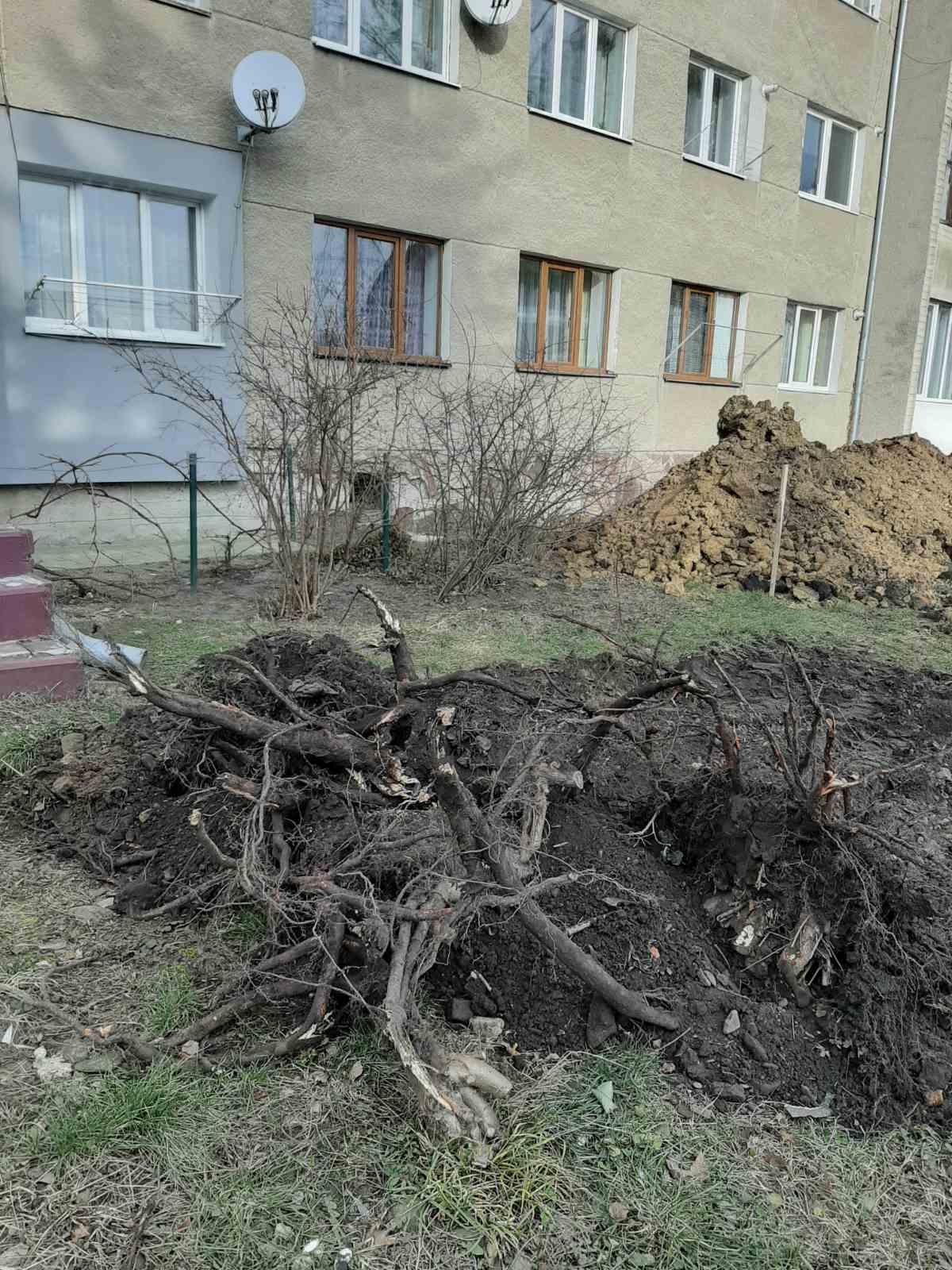 ремонт аварійної ділянки Дрогобичводоканалом